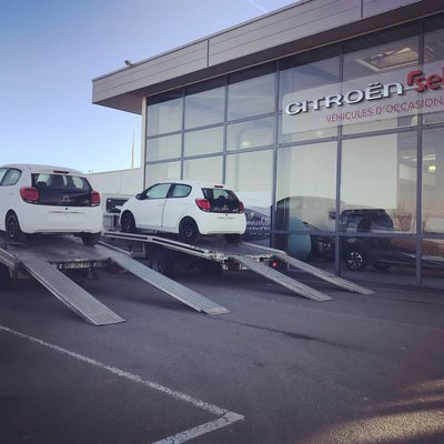 Transfert de voiture et convoyage